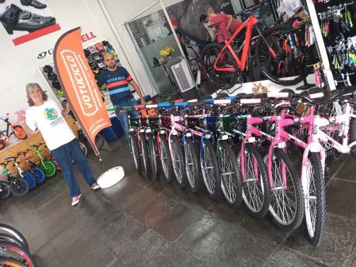 """Projeto """"De Olho no Óleo"""" recebe dez bicicletas do Fundo Municipal do Meio Ambiente"""