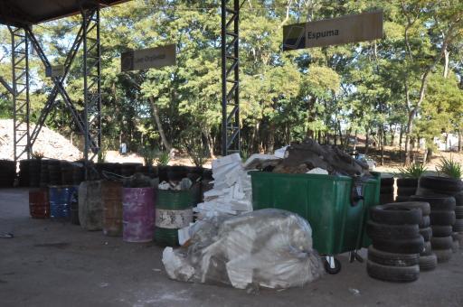 Saev Ambiental divulga balanço com números referentes à coleta de lixo