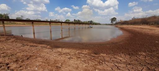 Alto consumo e estiagem refletem no fornecimento de água em Votuporanga